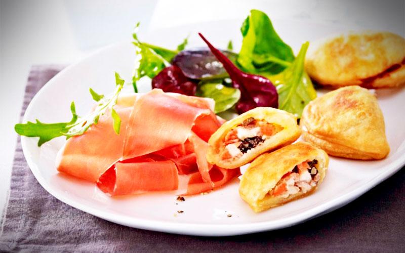 rezepte Kleine Empanadas mit Serrano-Schinken